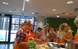Besuch der Klasse 6e in der FROSTA-Kochschule im Klimahaus